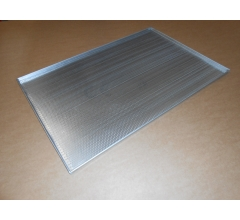 Pečný plech 750 x 500 mm, síla 1,5 mm, AlMn, děrovaný, okraj 4x90, s pertlem