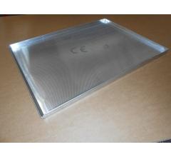 Pečný plech 800 x 600 mm, síla 1,5 mm, AlMn, děrovaný, okraj 3x90/45 s pertlem